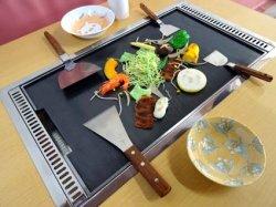 画像2: もんじゃ焼きテーブル 白木柄 2本足長